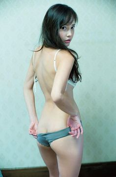 Please None of the photos are mine. If you love Asian woman like I do, have fun. Will try to post every day. By the way, I'm a guy just loving Asian beauties. Sexy Asian Girls, Beautiful Asian Girls, Japanese Beauty, Asian Beauty, Japan Girl, Cute Beauty, Girl Body, Sensual, Sexy Outfits