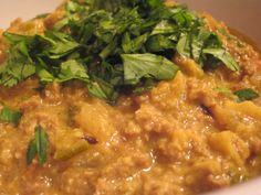 パキスタン風キーマカレー Curry, Spices, Ethnic Recipes, Food, Curries, Essen, Yemek, Meals