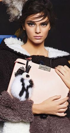 Kendall Jenner by Karl Lagerfeld for Fendi Fall 2015 Ad Campaign Kendall Jenner Runway, High Fashion Photography, Feminine Style, Autumn Winter Fashion, Fall Winter, Fashion Brand, Passion For Fashion, Fendi, Fashion Beauty