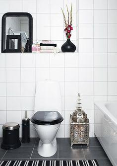 Simple, classy bathroom - Scandinavia meets Morocco.