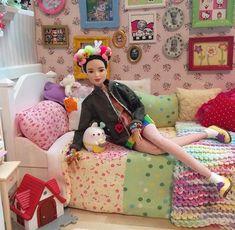 Barbie Toys, Barbie Life, Barbie World, Barbie Clothes, Barbie Negra, Barbie Bedroom, Monkey Doll, Barbie Family, Barbie Diorama