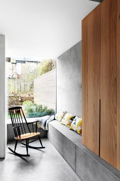 Contemporary Victorian Five Bedroom Extended Terraced House in Shepherds Bush, London - Modern Style At Home, Terraced House, Interior Architecture, Concrete Architecture, Banquette, Wood Interiors, Interior Decorating, Interior Design, Living Room Inspiration