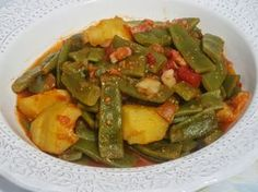 Judías verdes guisadas Ana Sevilla olla GM                                                                                                                                                                                 Más Nut Recipes, Vegetable Recipes, Mexican Food Recipes, Crockpot Recipes, Cooking Recipes, Healthy Recipes, Ethnic Recipes, Best Spanish Food, Guisado
