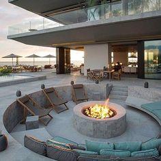 Contemporary Vallarta House designed by Ezequiel Farca located in #Jalisco, #Mexico! Patio, Outdoor Decor, Ideas, Home Decor, Homemade Home Decor, Deck, Terrace, Interior Design, Decoration Home