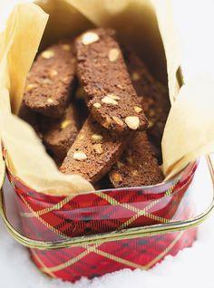Biscottis au chocolat, à l'orange et aux pistaches Recettes   Ricardo