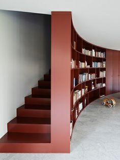 Escada e estante Bordeaux