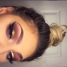 Gorgeous Makeup: Tips and Tricks With Eye Makeup and Eyeshadow – Makeup Design Ideas Glam Makeup, Makeup On Fleek, Kiss Makeup, Cute Makeup, Pretty Makeup, Makeup Inspo, Hair Makeup, Makeup Eyeshadow, Eyeshadows