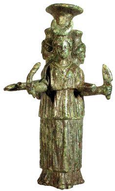 Maiden Mother Crone, Mother Goddess, Ancient Goddesses, Greek Gods And Goddesses, Ancient Mysteries, Ancient Artifacts, Greek Pantheon, Roman Gods, Triple Goddess