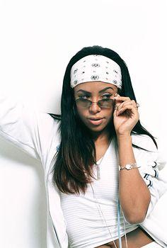 Aaliyah 90s Fashion | Style Icon: Aaliyah