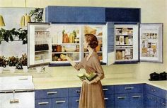 wall-mounted refrigerator 5 Weird Old Home Trends I'd Love to See Make a Comeback Kitchen Retro, Vintage Kitchen, Retro Kitchens, Kitchen Ideas, Vintage Fridge, Kitchen Stuff, Kitchen Designs, Vintage Refrigerator, Kitchen Notes