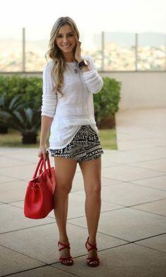 Look Blusa Branca + Short Étnico