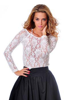 http://www.vitrinafashion.eu/webshop/women/tunics--blouses/detail/583/lace-blouse-strappy-back.html