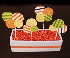 centerpiece idea? with age on circle and use candy of some sort.