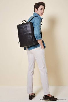 Yoo Yeon Seok for Beanpole Accessories S/S 2015 Asian Men Fashion, Korean Street Fashion, Mens Fashion, Yoo Yeon Seok, Korean Model, Korean Actors, Leather Backpack, Hot Guys, Boys
