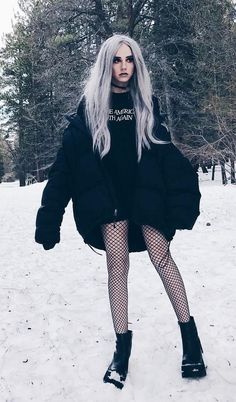 Best 34 Outfit Ideas for this Winter - #fashion #nugoth #alternative #winter