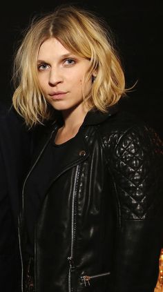 PINNER SAYS: hair inspo PARISIAN COOL: CLÉMENCE POÉSY | WAVY BOB + QUILTED LEATHER - Le Fashion