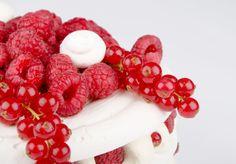 Anna Pavlova, Raspberry, Desserts, Tailgate Desserts, Deserts, Postres, Raspberries, Dessert, Plated Desserts