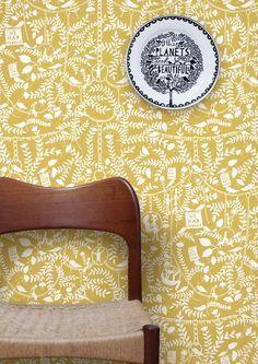 Image of We Had Everything Wallpaper - Mustard Rob Ryan + Mini Moderns Cover Wallpaper, Graphic Wallpaper, Red Wallpaper, Wallpaper Online, Mustard Wallpaper, Hallway Wallpaper, Wallpaper Decor, Rob Ryan, Modern Retro