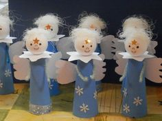 Risultati immagini per tvoření zima Christmas Bazaar Crafts, Christmas Themes, Kids Christmas, Handmade Christmas, Holiday Crafts, Christmas Decorations, Christmas Ornaments, Angel Decor, Christmas Activities For Kids