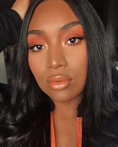 24 Fall Makeup Trends 2019: Shockingly Wearable Makeup Looks For Fall #makeupbrushes