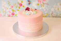 torta con encaje comestible - Buscar con Google