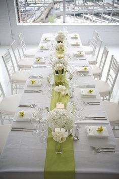 Ideas For Wedding Colors Summer Teal Table Settings Wedding Table Decorations, Bridal Shower Decorations, Table Centerpieces, Wedding Centerpieces, Calla Lily Centerpieces, White Centerpiece, Teal Table, Green Table, Place Settings