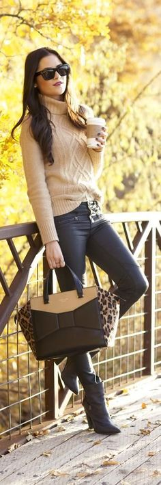 Love the caramel cable-knit sweater. Caramel and black are a very chic combination. #casual wear. #winter. via #thedailystyle.