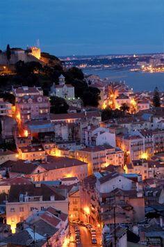 Lisboa à noite.