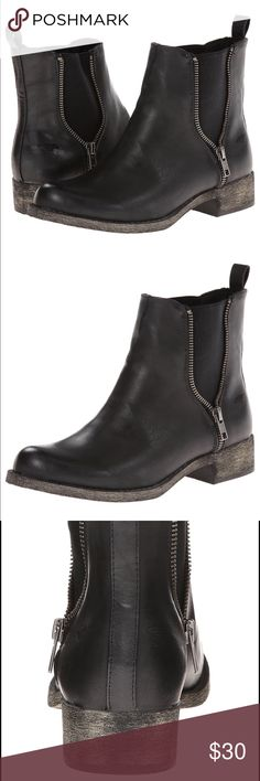 """Rocket Dog Camilla Bromley black boots 6 - NIB New in box. Never worn.  The camilla is the ultimate hipster bootie and season's must have that you will wear any chance you get. Pair with skinny jeans and your favorite tank to make a statement.   Polyurethane  Imported  Rubber sole  Shaft measures approximately 6"""" from arch  Platform measures approximately .25""""  Boot opening measures approximately 10"""" around  Ankle boot on vintage-distressed heel featuring side zippers with elastic goring…"""