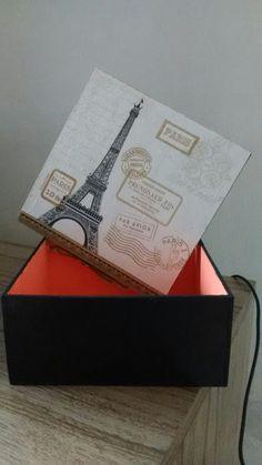 Caixa Decorada Paris Preto e Dourado