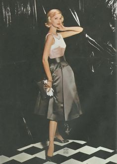 The Elegant Sunny Harnett <3 Vogue, 1959....50's fashion was simply the best!