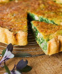 Een stevige groentetaart die de volle smaak van biologische zuivel laat schitteren. Eieren, room, melk, kaas en boter: allemaal bio!