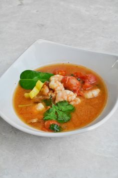 Tom Yam Goong. Spicy Prawn Soup. Healthy Thai Recipe. #healthy #thai #dinner #prawn #seafood #spicy #soup #chilli
