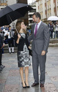Sonrientes y enamorados, los Príncipes regresan a Oviedo una década después de su 'primera cita' ante los medios