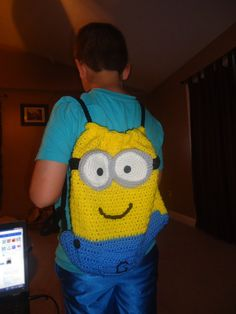 Crochet Despicable Me Minion Back Pack - Etsy $30.00. I dont care that im in college I would rock thw shit out of this bag!!