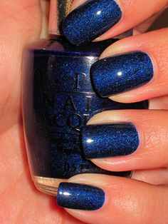 Not sure I could pull this off (or would want to), but it's a pretty color. OPI DS Fantasy