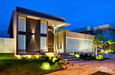 Fachadas de casas com escadas na frente - veja entradas lindas e modernas! - Decor Salteado - Blog de Decoração e Arquitetura