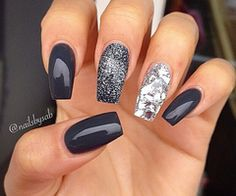 Blue nail with white and silver via weheartit.com