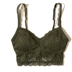 Hollister Lace Longline Bralette With Removable Pads (150 ARS) ❤ liked on Polyvore featuring intimates, bras, tops, bra, underwear, bralettes, undies, olive, longline bras and lace longline bra