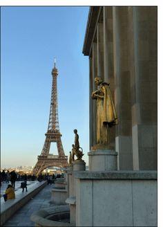 The Eiffel Tower from the Trocadero. Tour Eiffel, Statues, Statue En Bronze, Parvis, Le Palais, City Lights, Art And Architecture, Great Photos, Amazing Places