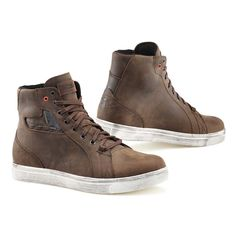 The TCX Street Ace Waterproof boot is a leather sneaker style boot ideal for urban use. With a casual style, these boots are perfect for wearing on the street as well as on your bike, meaning you can be better protected on your bike without losing your street style.