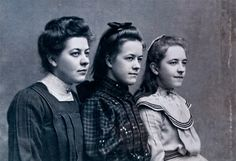 Sisters, Betsie, Corrie and Nollie ten Boom. Corrie ten Boom wrote the 'Hiding Place' after being held prisoner during Corrie Ten Boom, Women In History, World History, Church History, Women Of Faith, Hiding Places, Interesting History, Interesting Reads, Before Us