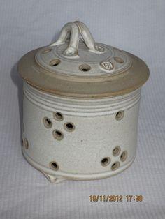 Garlic Roaster Hand-thrown Speckled Stoneware Cookware Foodie Gift