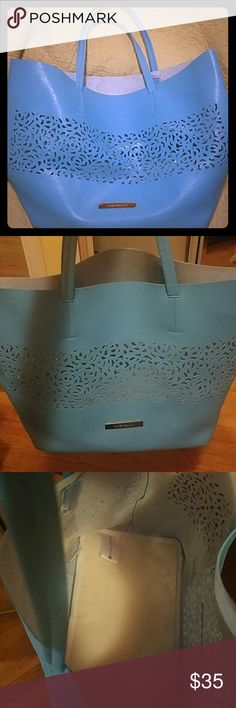 Bag It used only one time.Its perfect condition. Feel free to ask me more questions or more pictures.I have a lot of good items for sale.😊 Vince Camuto Bags Shoulder Bags