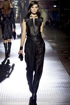 Lanvin Parigi - Spring Summer 2013 Ready-To-Wear - Shows - Vogue. Lanvin, Fashion Week, Fashion Show, Fashion Design, Paris Fashion, Review Fashion, Runway Fashion, High Fashion, Looks Style