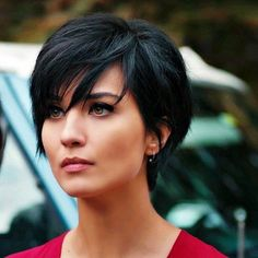 ??????????? ? ????????? ? Cesur ve Guzel ??????? | ????????? http://shedonteversleep.tumblr.com/post/157434990288/short-black-hairstyles-for-round-faces-short (Hair Cuts For Round Faces)
