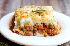 WHOA, THIS was like a huge success. I actually was so nervous doing this because not only have I never eaten a shepherd's pie before, I only just recently heard of it, so making this recipe was totally like a blind man running into a yard looking for his lost toothpick! But anyway, what I […]