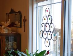 Repurposed Embroidery Hoop Christmas Tree