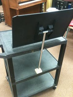 Super smart idea, attaching a music stand to a cart! - The Mobile Music Mansion: Hot Rod Music Cart Music Lesson Plans, Music Lessons, Music Education, Health Education, Physical Education, Teacher Cart, Teacher Stuff, Teachers Toolbox, Music Teachers