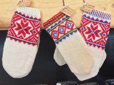 Finnmark - samisk kunst, håndverk og kultur - Travel with all senses Christmas Stockings, Holiday Decor, Diy, Kunst, Culture, Needlepoint Christmas Stockings, Bricolage, Do It Yourself, Christmas Leggings
